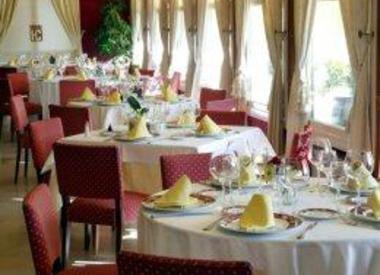 Restaurante posada arco de san miguel calatayud - Casa montanes zaragoza ...