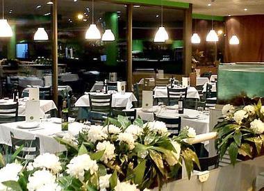 Restaurante el coto del casar madrid for Pizza jardin marcelo spinola