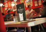 Restaurante Bernie's Diner Grill & Bar