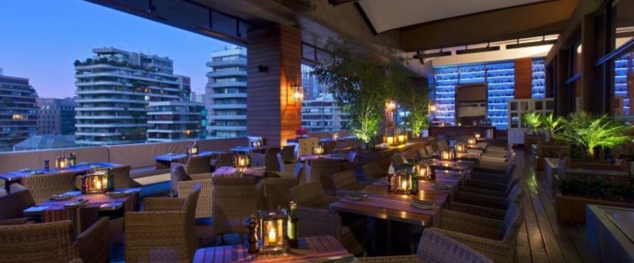 Restaurante terraza hotel w santiago 4 piso santiago for Piscina hotel w santiago