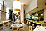 Restaurante Nikkei 225