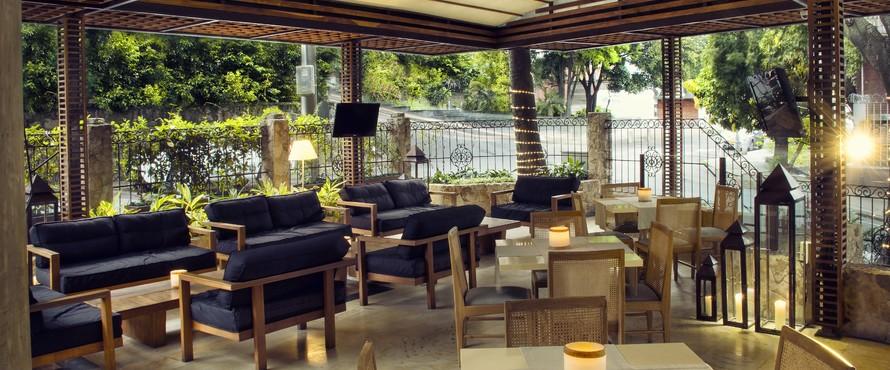 Restaurante terraza movich cali for Restaurantes con terraza madrid