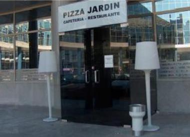 Restaurante al paseo madrid for Pizza jardin marcelo spinola