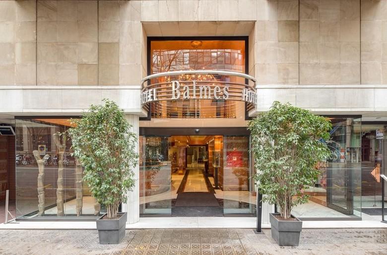 Hotel balmes barcelona for Hotel derby barcellona