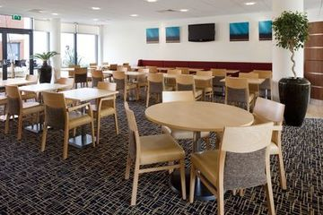 Hotel Express By Holiday Inn Cheltenham