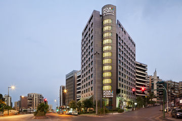 Hotel Four Points By Sheraton (clase)