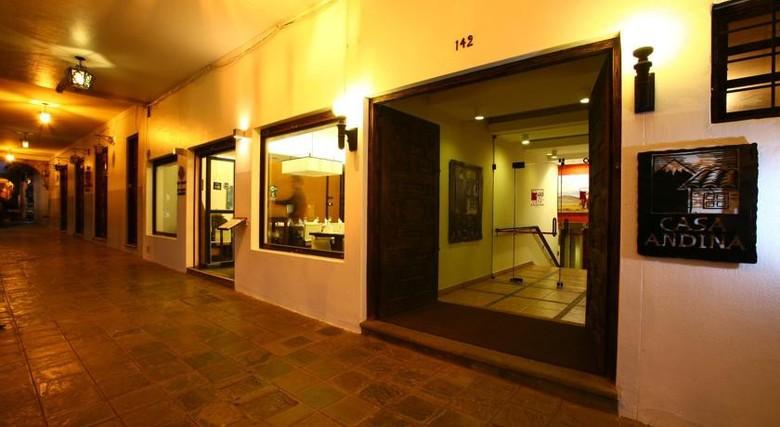 Hotel casa andina standard cusco plaza cusco for Hotel casa andina classic plaza cusco
