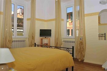 Bed & Breakfast In Piazzetta Da Vasco