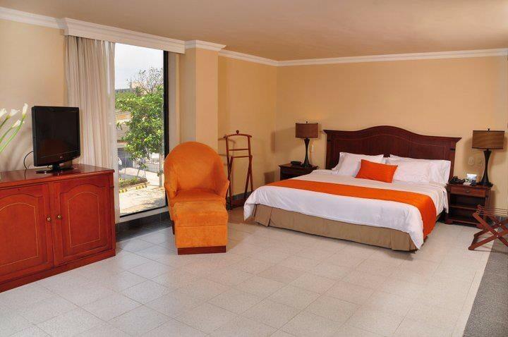 Hotel puerta del sol barranquilla atlantico atrapalo for Resort puertas del sol precios