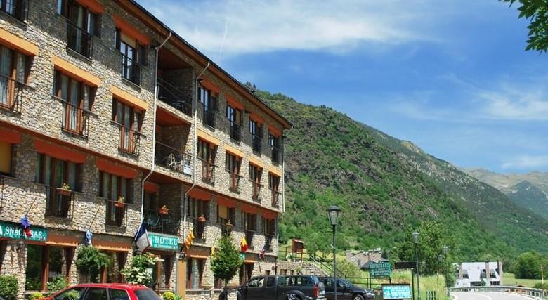 Hotel antic ordino andorra for Hotel familiar andorra