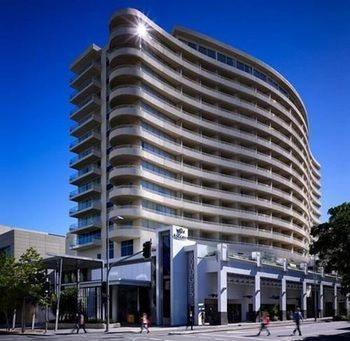 Hotel Rydges South Bank