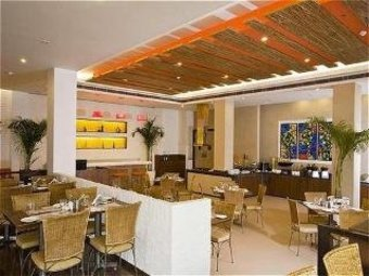 Lemon Tree Hotel East Delhi Mall
