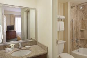 Hotel Residence Inn By Marriott Toronto Airport