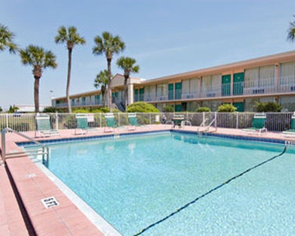 Hotel Days Inn & Suites Davenport