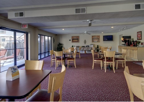 Hotel Econolodge Inn And Suites