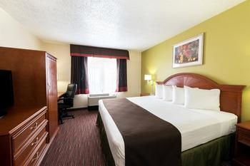 Hotel Baymont Inn & Suites-louisville East