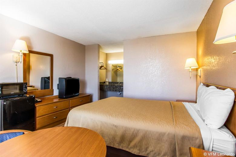 Hotel Econo Lodge Inn & Suites Bricktown