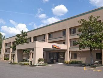 Hotel Baymont Inn And Suites Memphis East