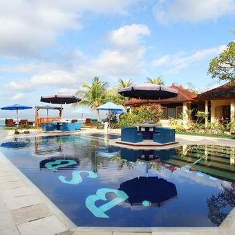 Hotel The Bali Shangrila Beach Club