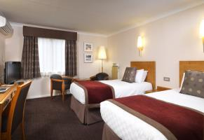 Hotel Thistle East Midlands Airport