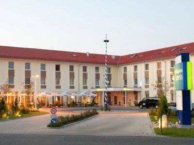Hotel Holiday Inn Express Munich Airport