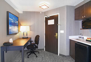 Holiday Inn Express Hotel & Suites Calgary Downtown