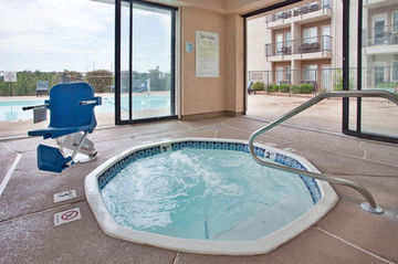 Holiday Inn Express Hotel  Suites Branson 76