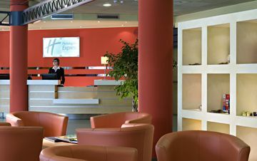Hotel Holiday Inn Express Langhe Che