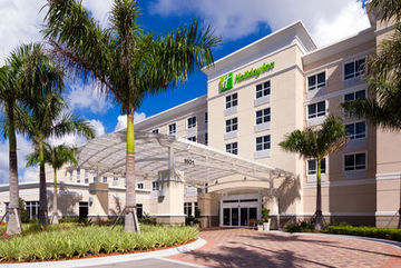 Hotel Holiday Inn Ft Myers Airport At Town Center