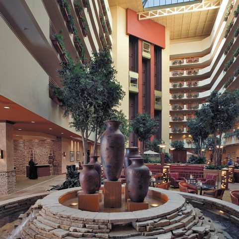 *embassy Suites Albuquerque - Hotel & Spa*