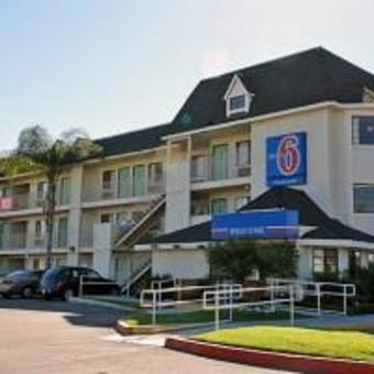 Hotel Motel 6 Buena Park - Knots Berry Farm/disneyl
