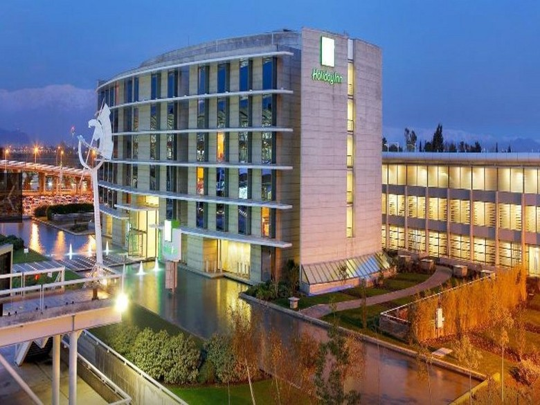Hotel Holiday Inn Santiago Airport