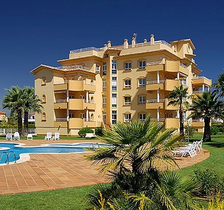 Apartamentos Golf Y Mar