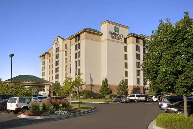 Hotel Embassy Suites Denver - International Airport
