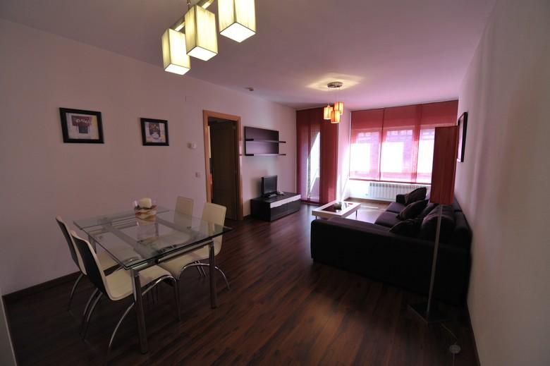 Apartamento apartamentos turisticos veladiez la lastrilla segovia - Apartamentos aralso segovia ...