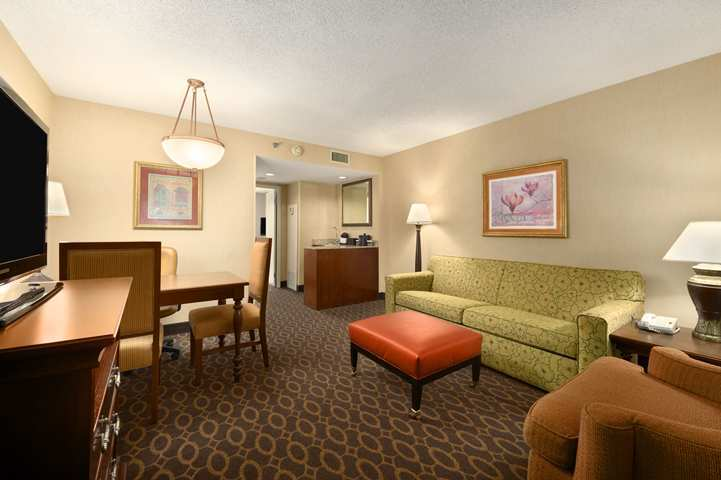 Hotel Embassy Suites Atlanta - Airport