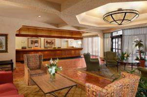 Hotel Embassy Suites Kansas City - Plaza