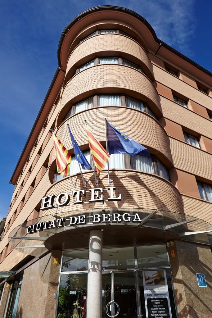Hotel hcc ciutat de berga berga barcelona - Ciudad de berga ...