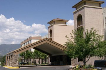 Hotel Embassy Suites Colorado Springs