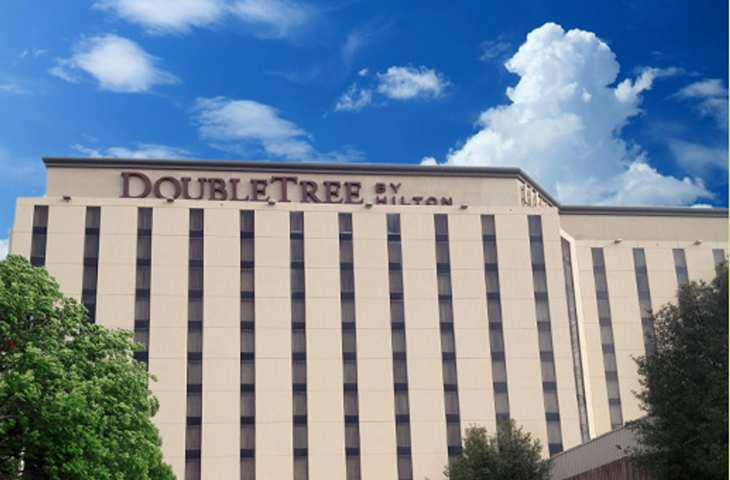 Doubletree Hotel Near The Galleria