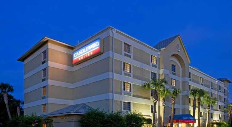 Hotel Candlewood Suites Fort Lauderdale Airport / Cruise