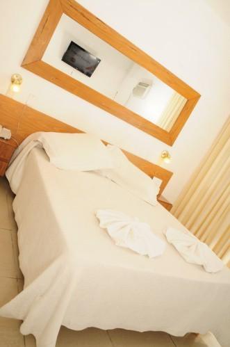 Hotel Hostal De La Costa