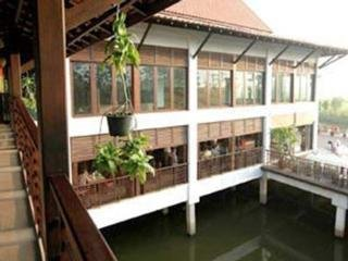 Hotel Golden Pine Resort Chiang Rai