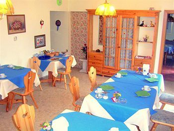 Bed & Breakfast Pension Walser Birnbaum