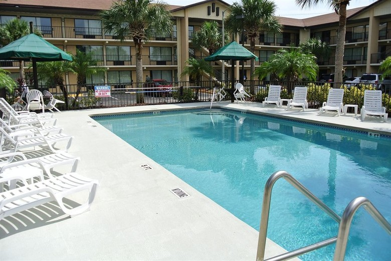 Hotel Baymont Inn And Suites Kissimmee