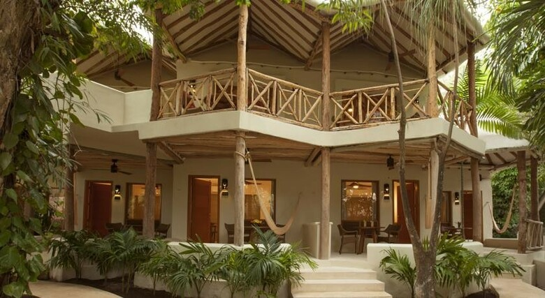 Hotel Mahekal Beach Resort