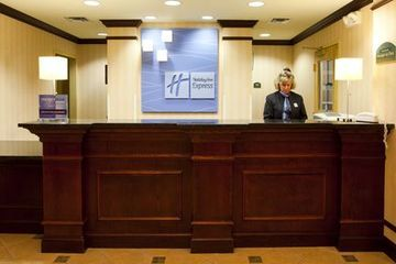 Hotel Holiday Inn Express Syracuse Airport
