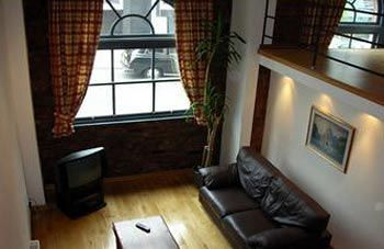 Apartamentos Trafalgar Warehouse Apartments