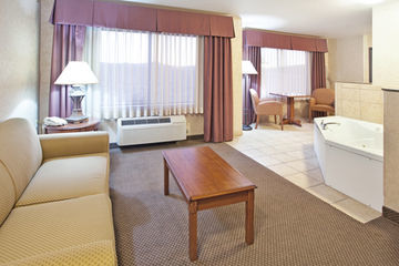 Holiday Inn Express Hotel & Suites Barstow