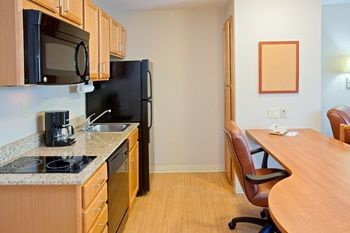 Hotel *candlewood Suites Houston/medical Center*